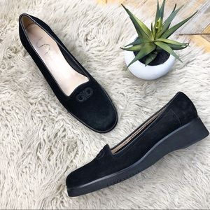 •SALVATORE FERRAGAMO• Black Boutique Suede Loafers